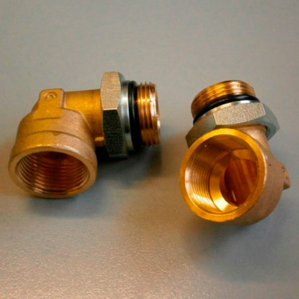 Фитинг металл. угловой компрессора